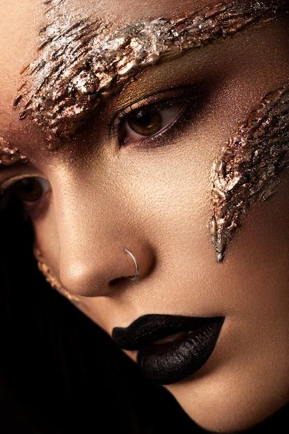 Maquillage Futuriste. Gros Plan Portret. Macro Photo Premium