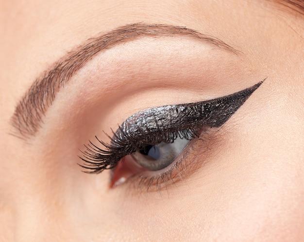 Maquillage des yeux, eye-liner Photo Premium