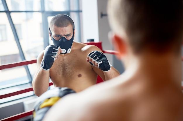 Masque de boxe d'endurance Photo gratuit