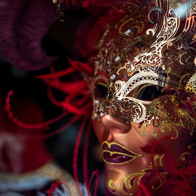 Masque élégant de carnaval vénitien Photo gratuit