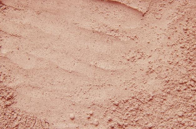 Masque sec en poudre d'argile. mise au point sélective. Photo Premium