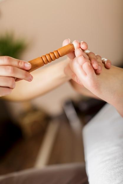 Massage des pieds Photo Premium