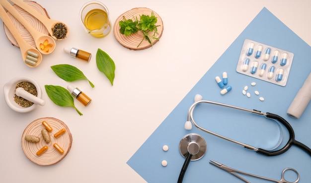 Médecine à Base De Plantes Et Objets De Médecine Moderne Photo Premium