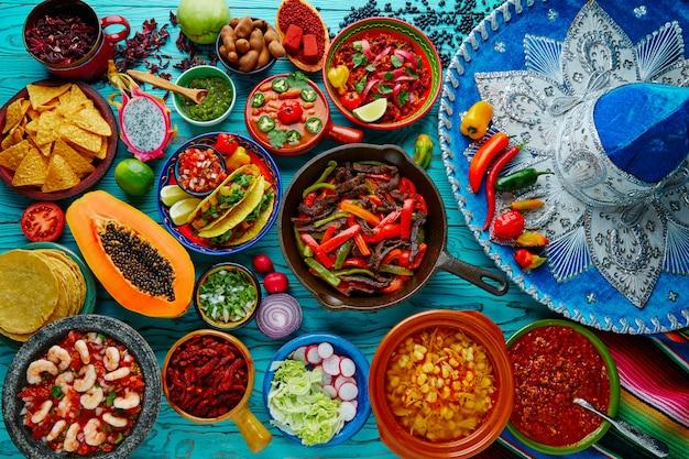 Mélange de nourriture mexicaine fond coloré Photo Premium