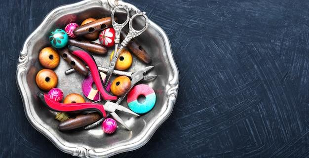 Mélange de perles pour artisanat Photo Premium