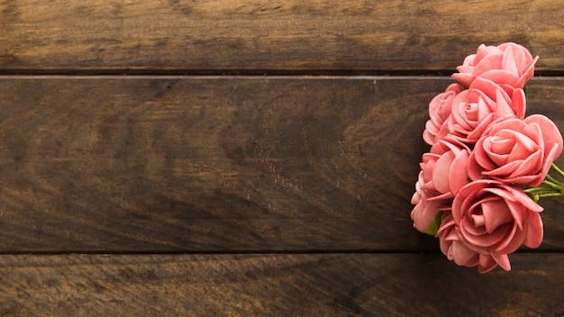 Merveilleuses fleurs roses fraîches Photo gratuit