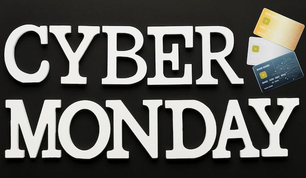 Message de cyber lundi avec des cartes Photo gratuit