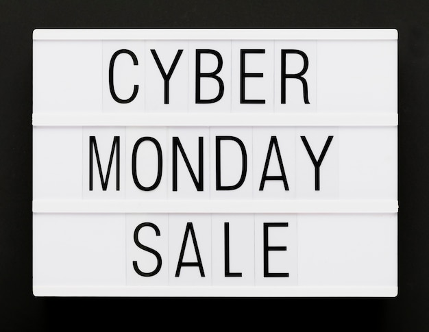 Message promotionnel du cyber lundi Photo gratuit