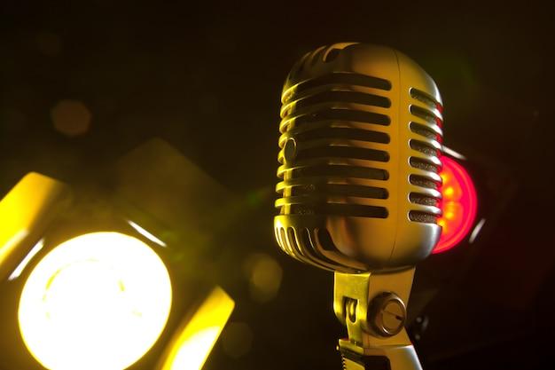 Microphone audio style rétro Photo Premium