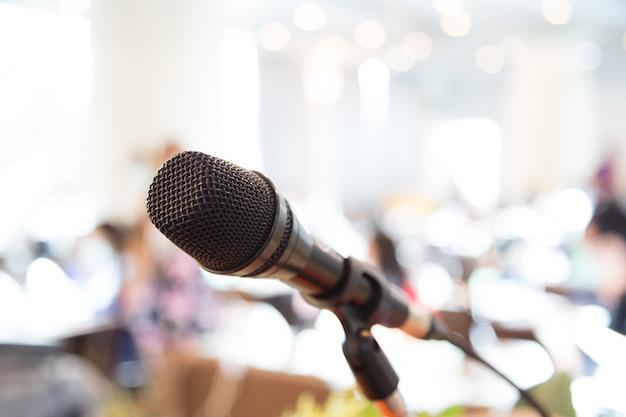 Microphone à une conférence Photo gratuit