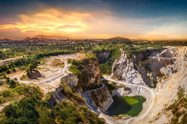 Mine de minerai Photo Premium