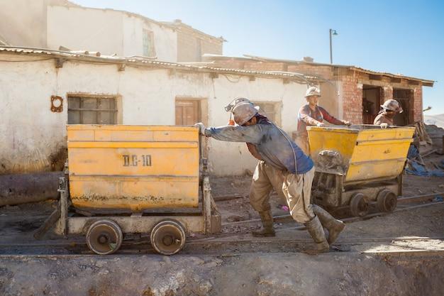 Mineurs à potosi Photo Premium