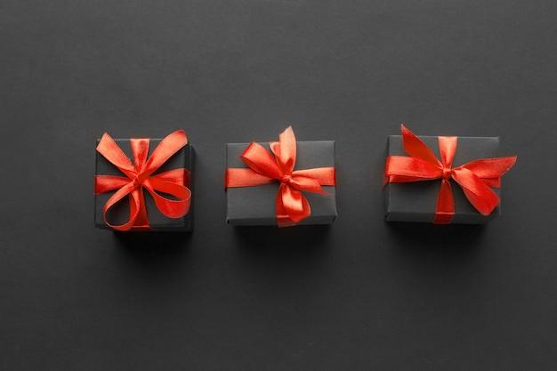 Mise à Plat De Cadeaux élégants Photo gratuit
