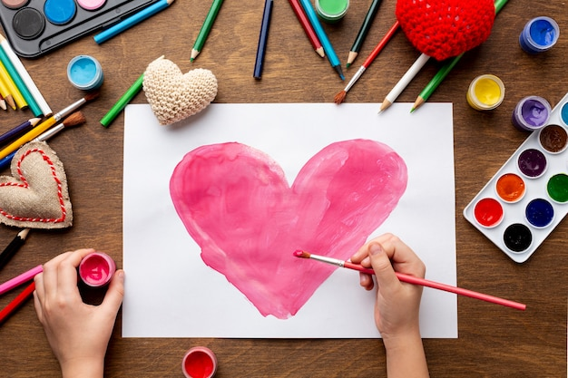 Mise à Plat Du Beau Dessin De Coeur Photo gratuit
