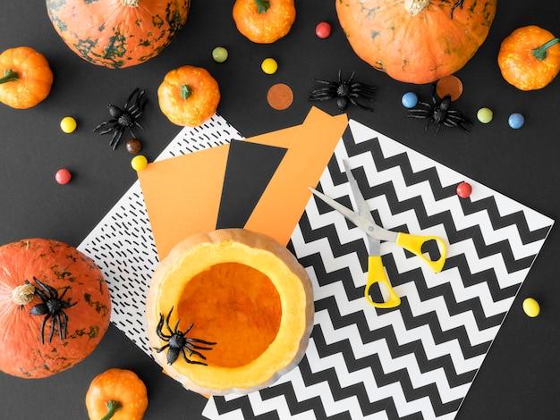 Mise à Plat Du Concept D'arrangements D'halloween Photo Premium