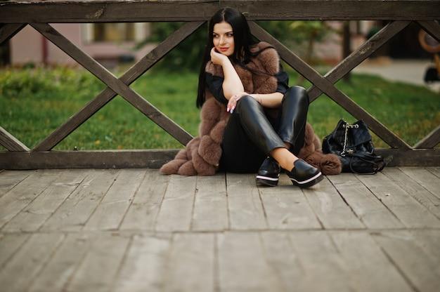 Mode Femme Sensuelle Magnifique En Plein Air Photo Premium