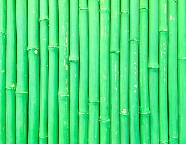 Modèle de bois surface agrandi à fond texturé de mur de bambou vert frais Photo Premium