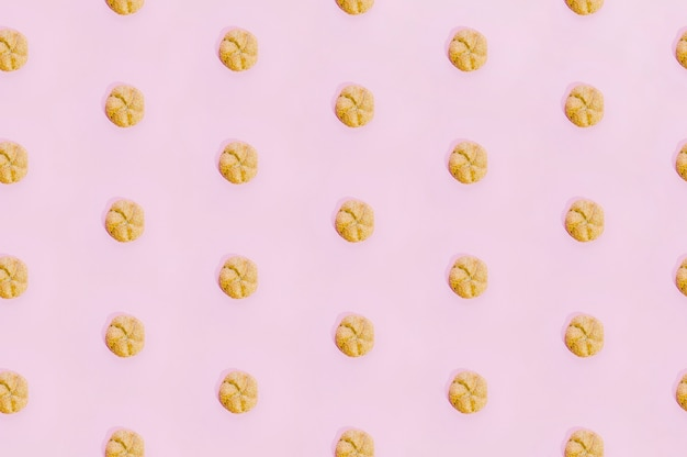 Modèle de boulangerie avec des biscuits cuits au four Photo gratuit