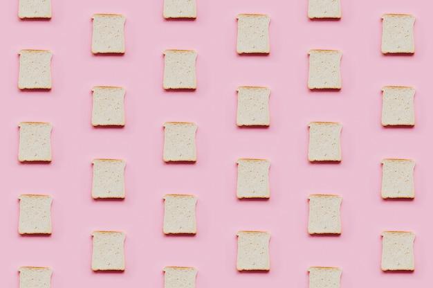 Modèle de boulangerie avec du pain cuit Photo gratuit
