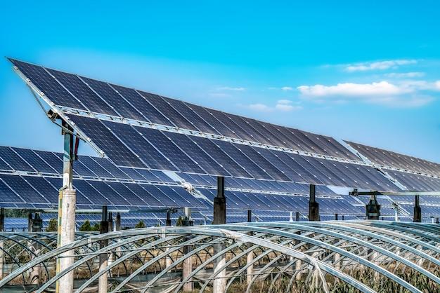 Modules photovoltaïques pour les énergies renouvelables Photo Premium