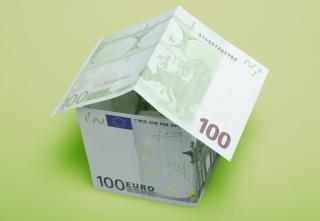 Monnaie de l'argent maison Photo gratuit