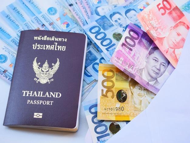 Monnaie étrangère des philippines Photo Premium