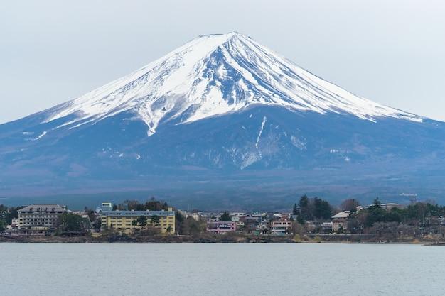 Mont fuji en hiver Photo Premium