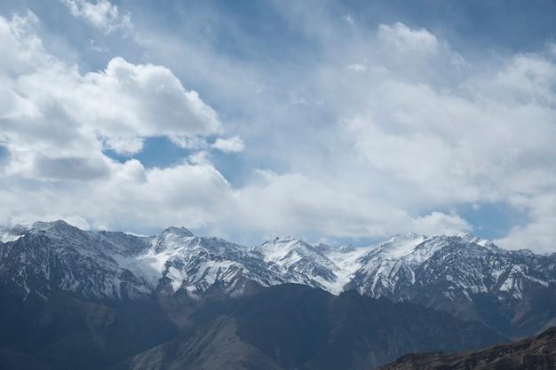 Montagne en inde Photo gratuit