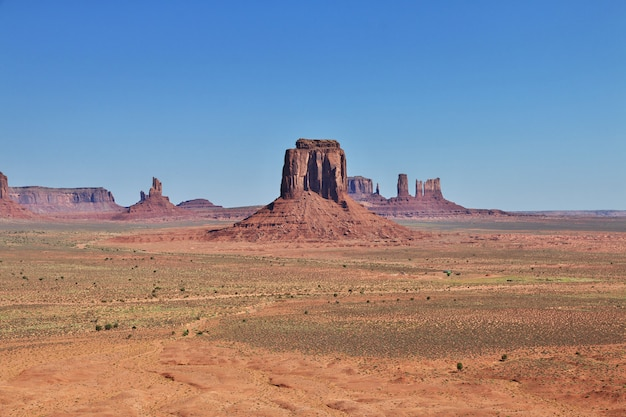 Monument valley dans l'utah et l'arizona Photo Premium