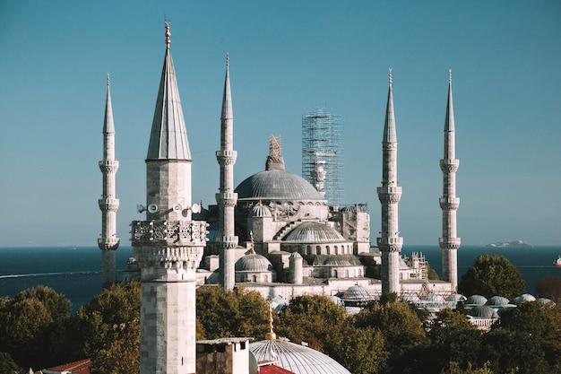 Mosquée Bleue Du Sultan Ahmed. Istanbul, Turquie. Vue Aérienne. Photo Premium