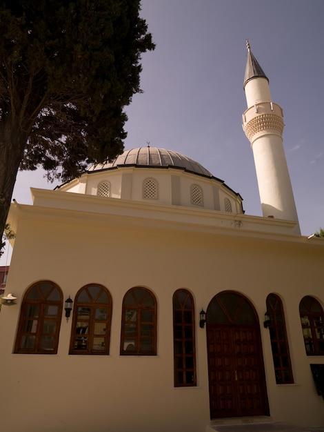 Mosquée à Kusadasi En Turquie Photo Premium