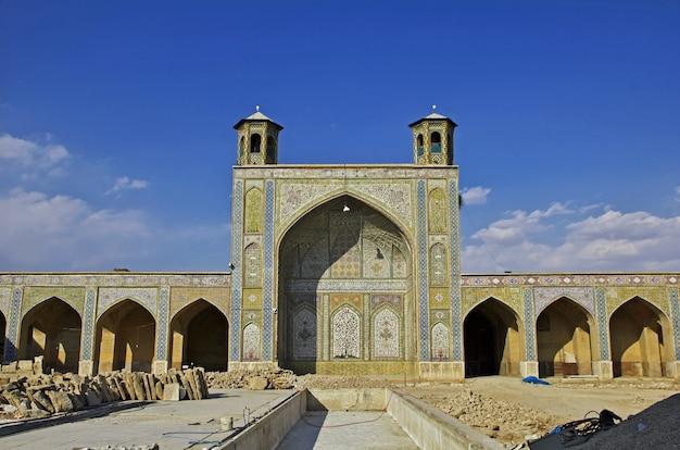 Mosquée vakil dans la ville de shiraz, iran Photo Premium