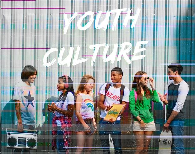 Mot graphique de l'adolescent jeunesse hipster freedom Photo gratuit