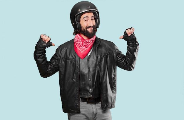Motocycliste fier et satisfait Photo Premium