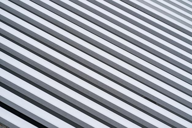 Mur De Bois Peint En Diagonale Blanche Pour Le Fond Et La Texture. Photo gratuit