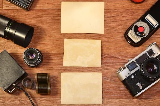 Nature morte avec vieux matériel de photographie Photo Premium