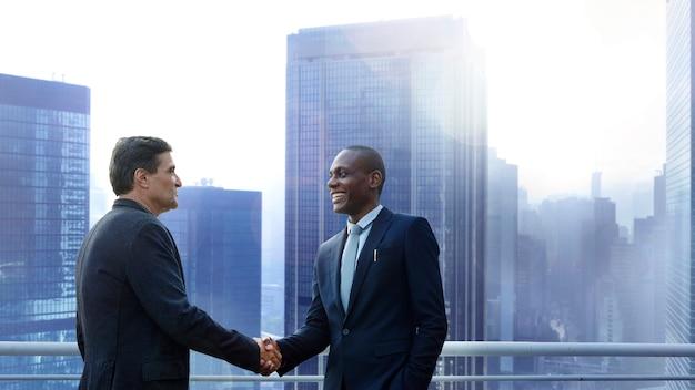 Négociation d'affaires Photo Premium