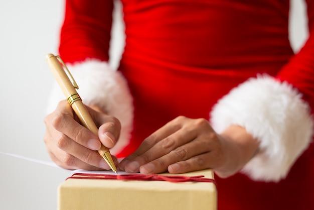 Note D'écriture Femme Pour Cadeau De Noël Photo gratuit