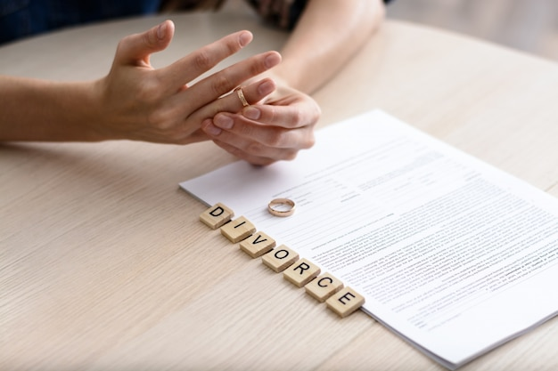 Notion De Divorce. Photo Premium