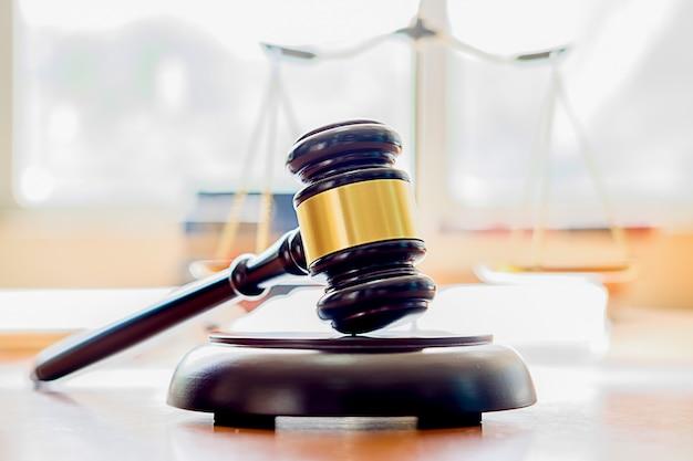 Notions de droit et services juridiques. Photo Premium
