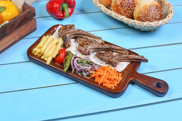 Nourriture délicieuse pour le déjeuner Photo gratuit