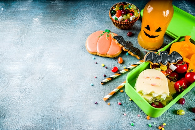 Nourriture halloween, boîte à lunch scolaire Photo Premium