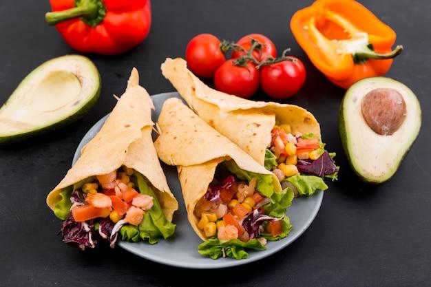 Nourriture mexicaine nature morte Photo gratuit