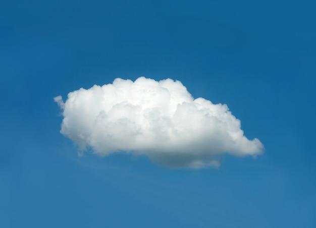 Un Nuage Blanc Dans Le Ciel Bleu Photo Premium