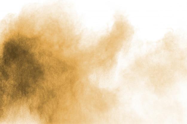 Nuage De Poussière Brune. Particules Brunes éclaboussées Sur Fond Blanc Photo Premium