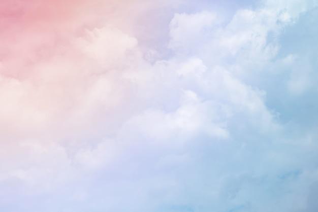 Des nuages aux couleurs pastel Photo Premium