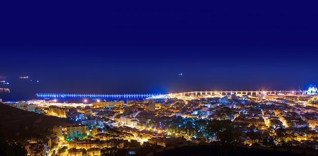 Nuit aérienne à santa cruz de tenerife, iles canaries Photo Premium