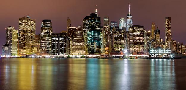 Nuit, nuit, skyline, bâtiments manhattan, new york Photo Premium