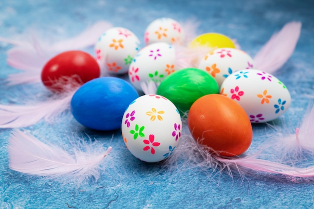Oeuf de pâques, joyeuses pâques dimanche chasse décorations de vacances Photo Premium