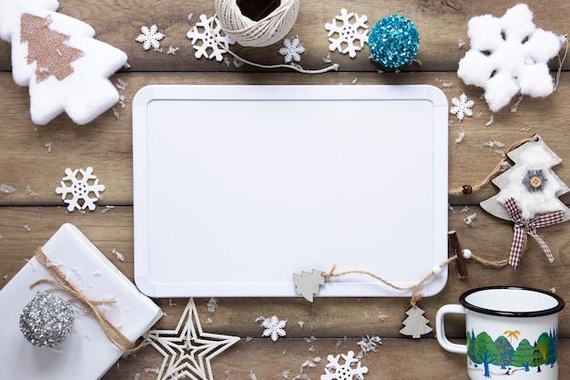 Ornements De Noël Avec Maquette De Carte Photo Premium